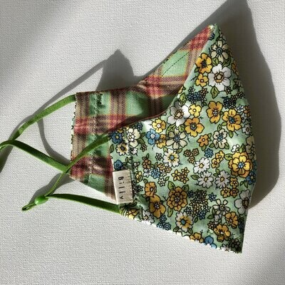 Billy Bamboo Green Floral Mask
