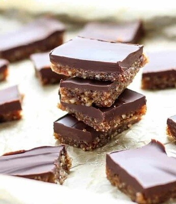 Zohran Date & Dry Fruit Layer Chocolate