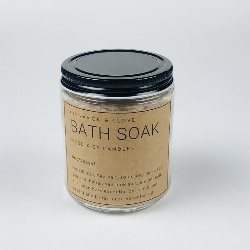CINNAMON & CLOVE Bath Soak by Nose Kiss Candles 250ML