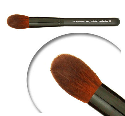 LUVU Beauty | Cosmetic Brush | Long Pointed Perfector