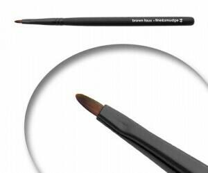 LUVU Beauty | Cosmetic Brush | Line & Smudge