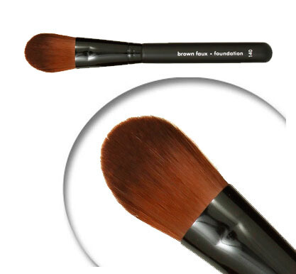 LUVU Beauty   Cosmetic Brush   Liquid Foundation