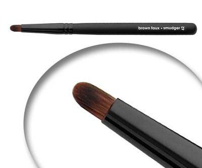 LUVU Beauty | Cosmetic Brush | Smudger