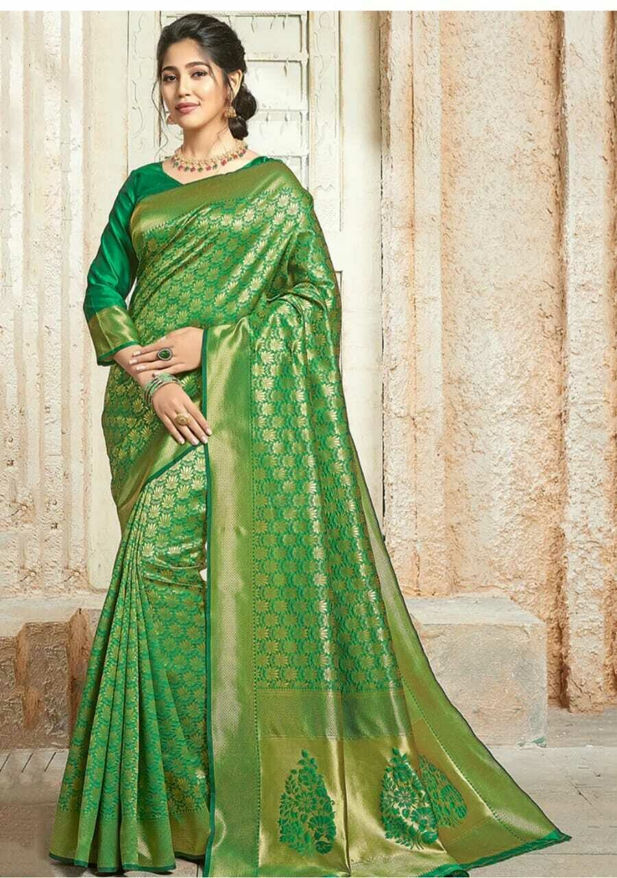 FLORAL PRINTED SAREE WITH BLOUSE