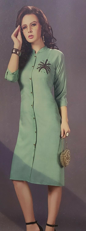 Women Self Design Cotton Blend Kurta