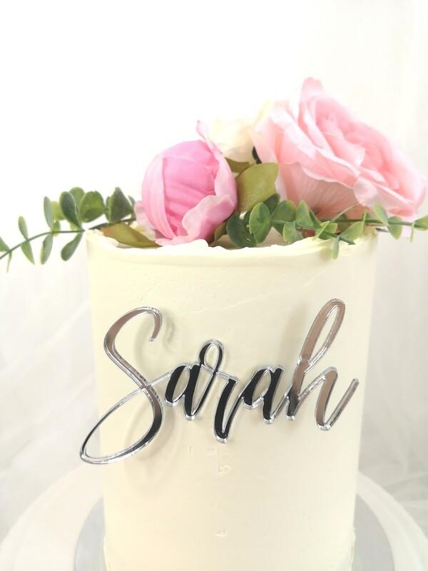 Single Name/Word Cake Charm