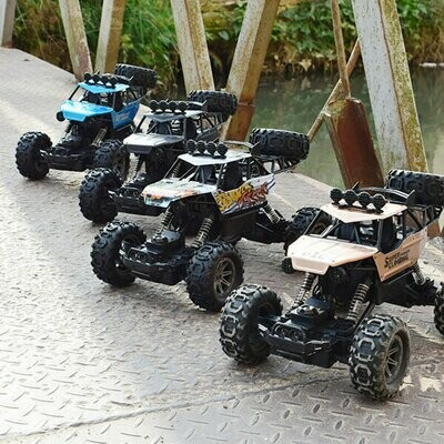 1/10 2.4G 4WD Crawler RC Car Big Foot Off-road Vehicle Models W/ Light Double Motor