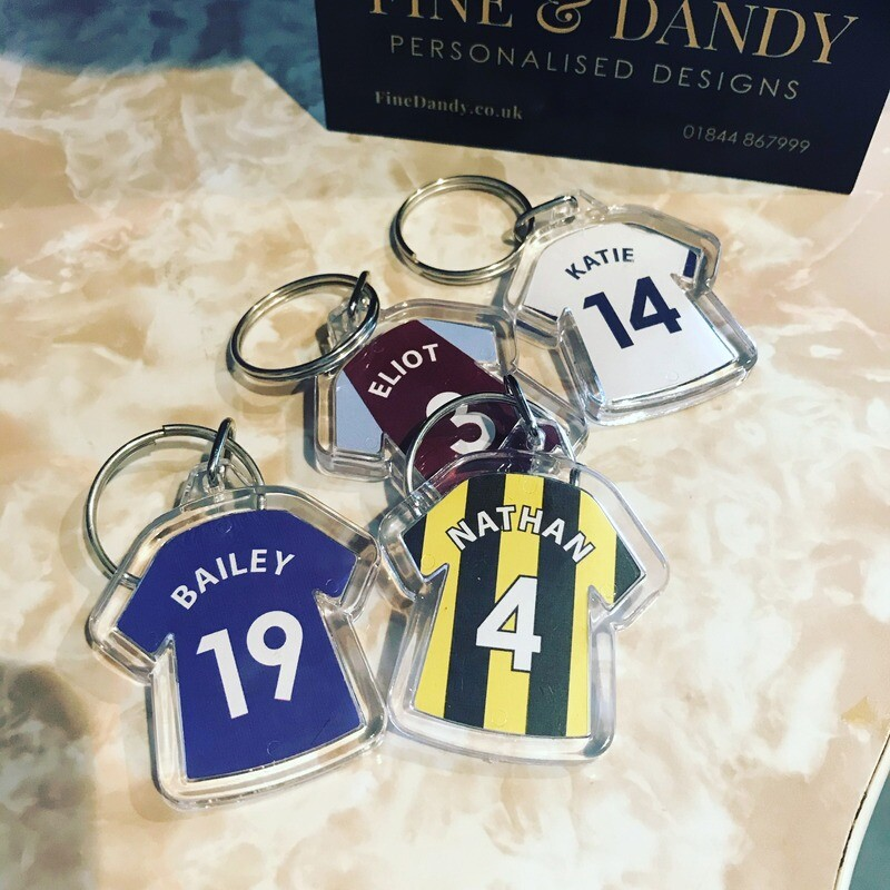 Personalised Sports / Football / Rugby shirt keyrings