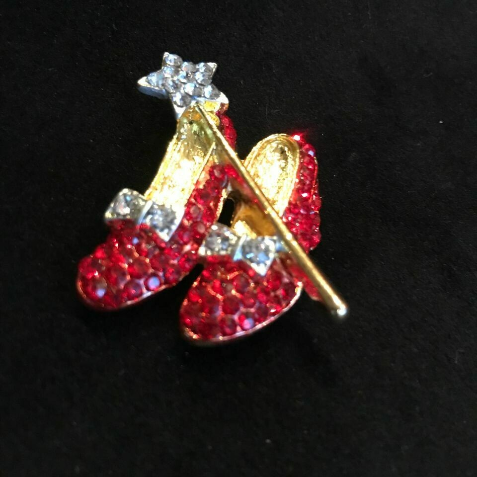 Wizard of Oz Brooch. Dorothy's Ruby Slippers. Kitsch Mothers Day Gift