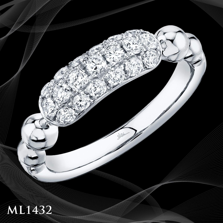 14 Karat White Gold Fashion Ring