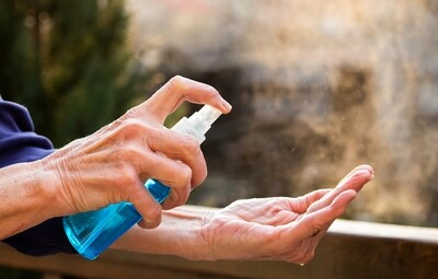 Make Your Own Essential Oils Hand Sanitizer, 1 minute video