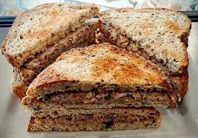 Sandwich TMFC - TUNA, Tomato, Garlic, Herbs & Mayonnaise