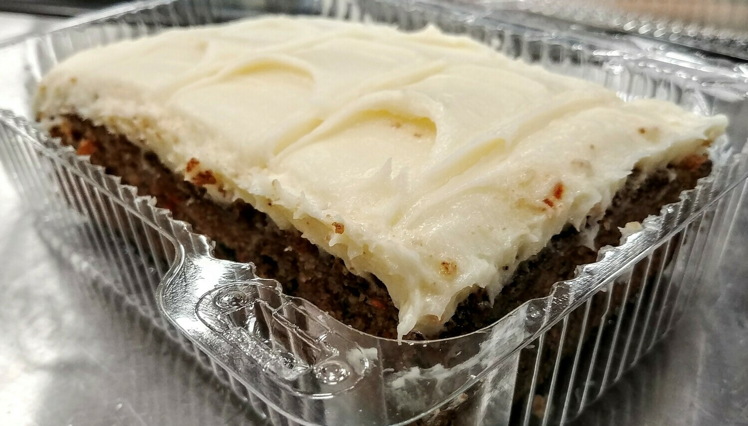 Carrot Cake with Cheese Icing Cream - Stella's Kitchen