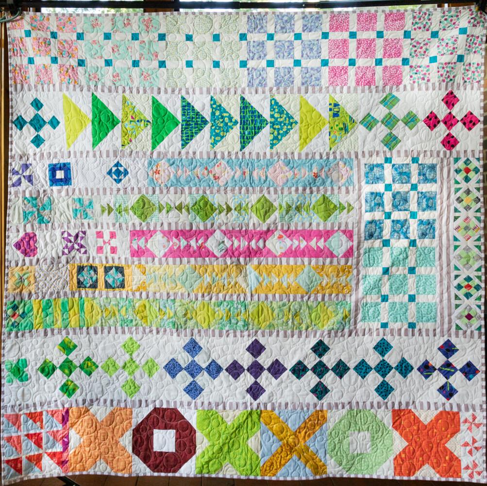 Quilt #03 - Happy Sampler