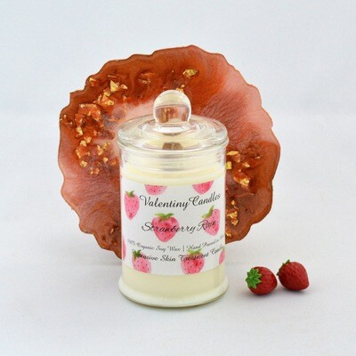 "Soy Wax Candle ""Strawberry Rain"""