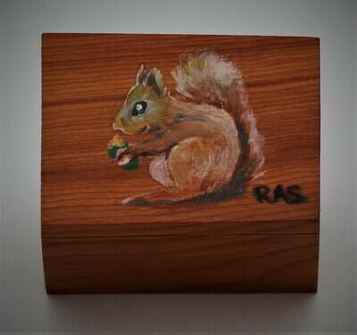 Squirell trinket box