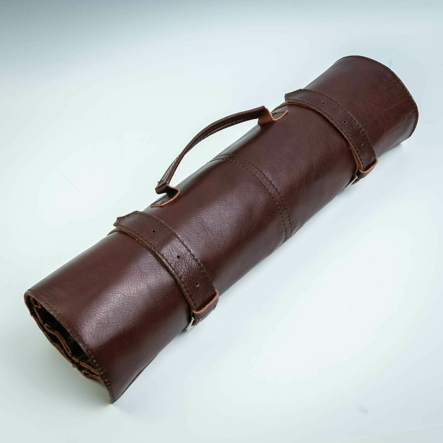 ROLL-LR70 - LEATHER BAG SCREW FOR KNIVES