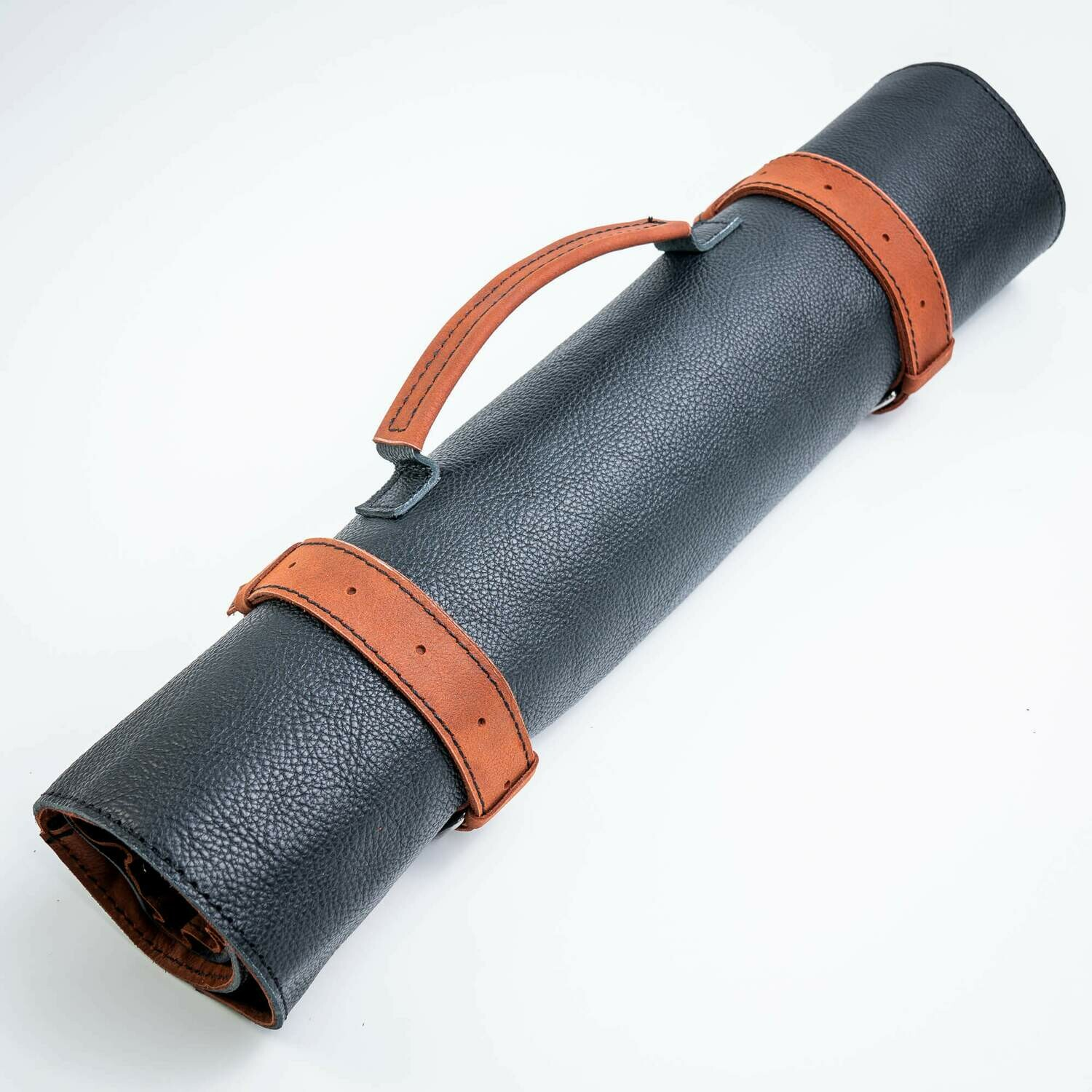 ROLL-LR500 - LEATHER BAG SCREW FOR KNIVES