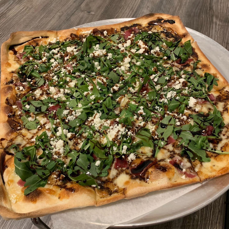 Bianca Capra Pizza