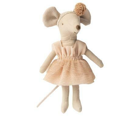 Dance Mouse, Big Sister - Giselle