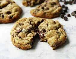 Homemade Chocolate Chip Cookie