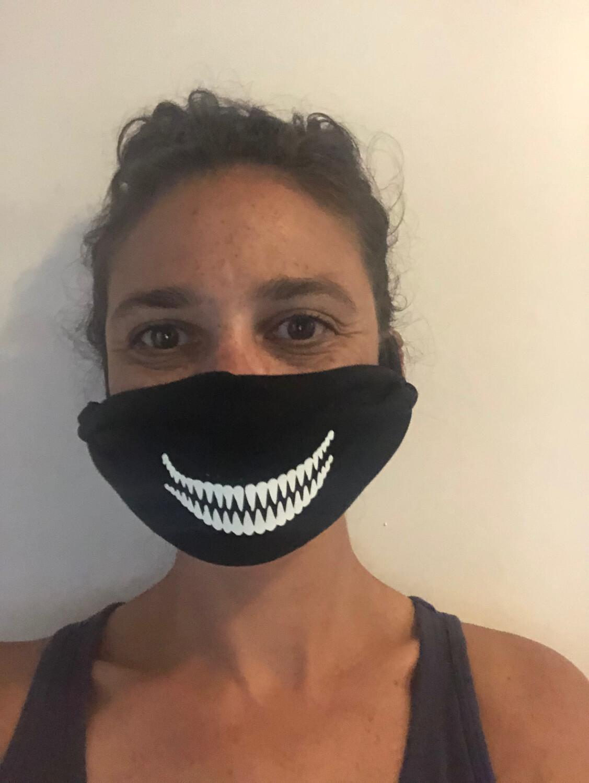 Black Mask/Glow In The Dark Sharp Teeth
