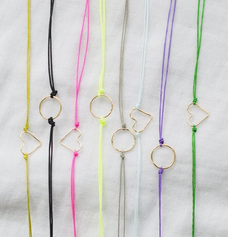 Sophie Grace Maui - Friendship Bracelets