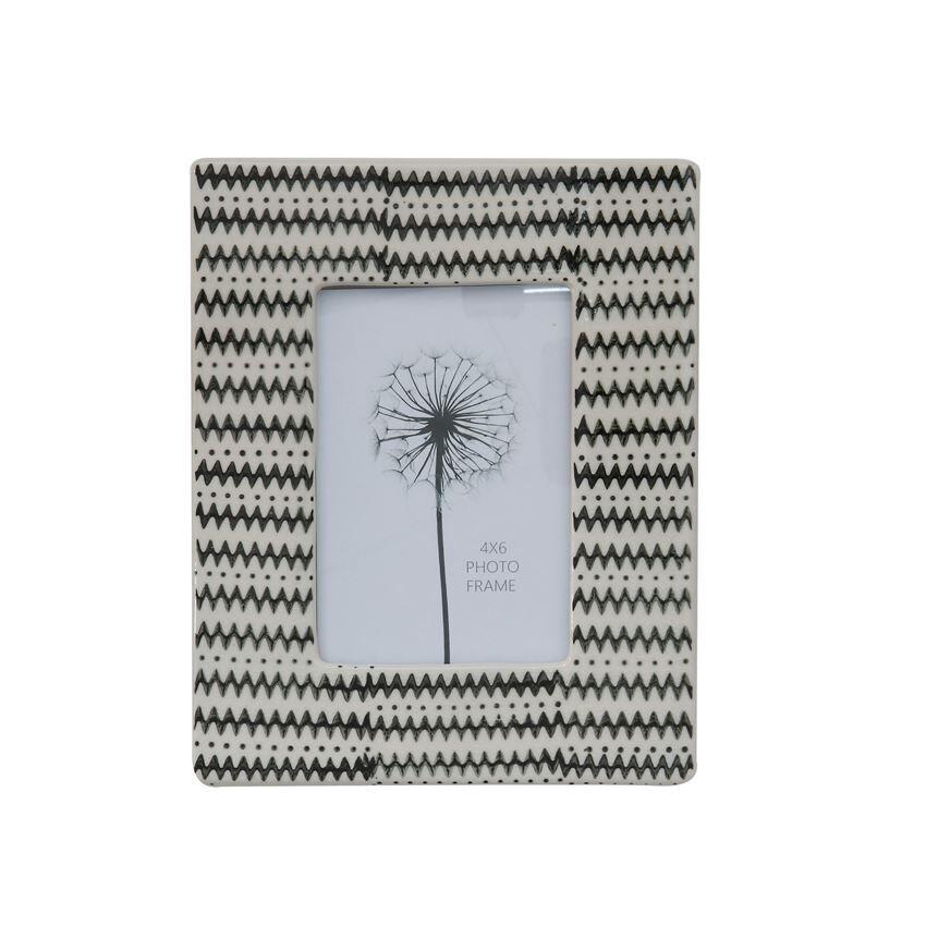 Black + White Stoneware Frame