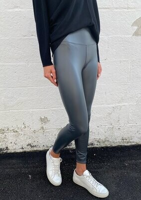 Six/Fifty - Coated Leggings in Shadow
