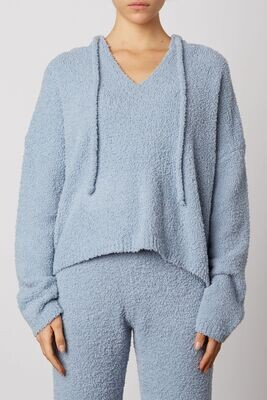 NIA - Notched hooded Sweater