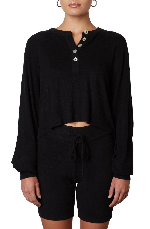 NIA - Cropped Black Hacci Henley