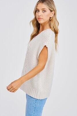 En Saison - Alisa Cable Knit Vest