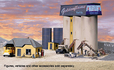HO Scale Walthers Cornerstone Goldenflame Fuel Co.