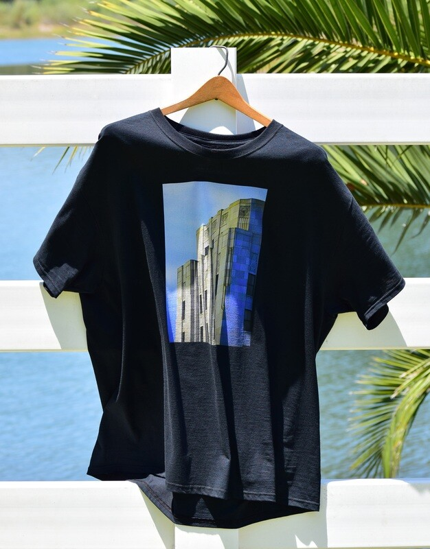 LB ICON-THE EVENING POST Short Sleeve Crew Neck Graphic Tee Black