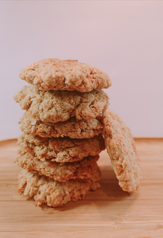 Vegan coconut-cinnamon oatmeal cookies. GLUTEN FREE available.