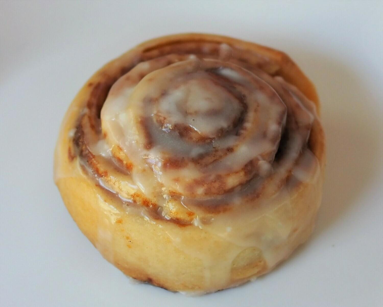 Vegan cinnamon bun