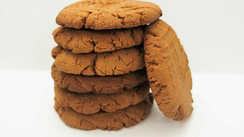 Vegan gingersnap cookies. GLUTEN FREE available.
