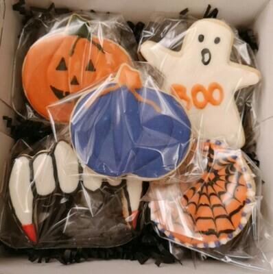 Decorated Halloween sugar cookies