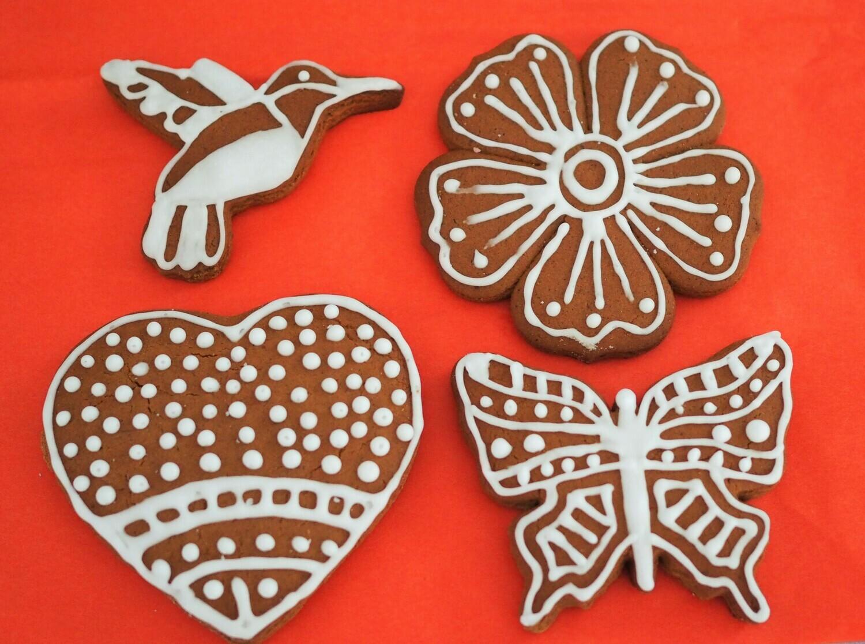 Vegan gingerbread cookies. GLUTEN FREE AVAILABLE.