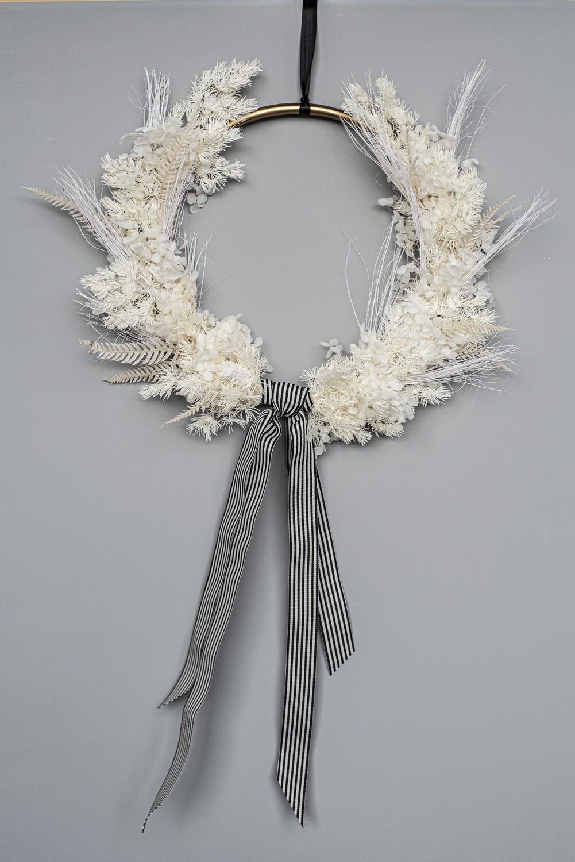 Eva Christmas wreath