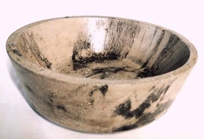 Fuente grande negra/gris