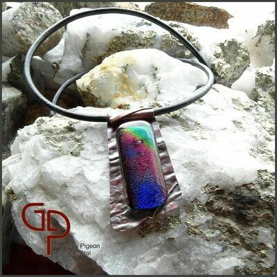 Collier verre dichroïque sur cuivre #2