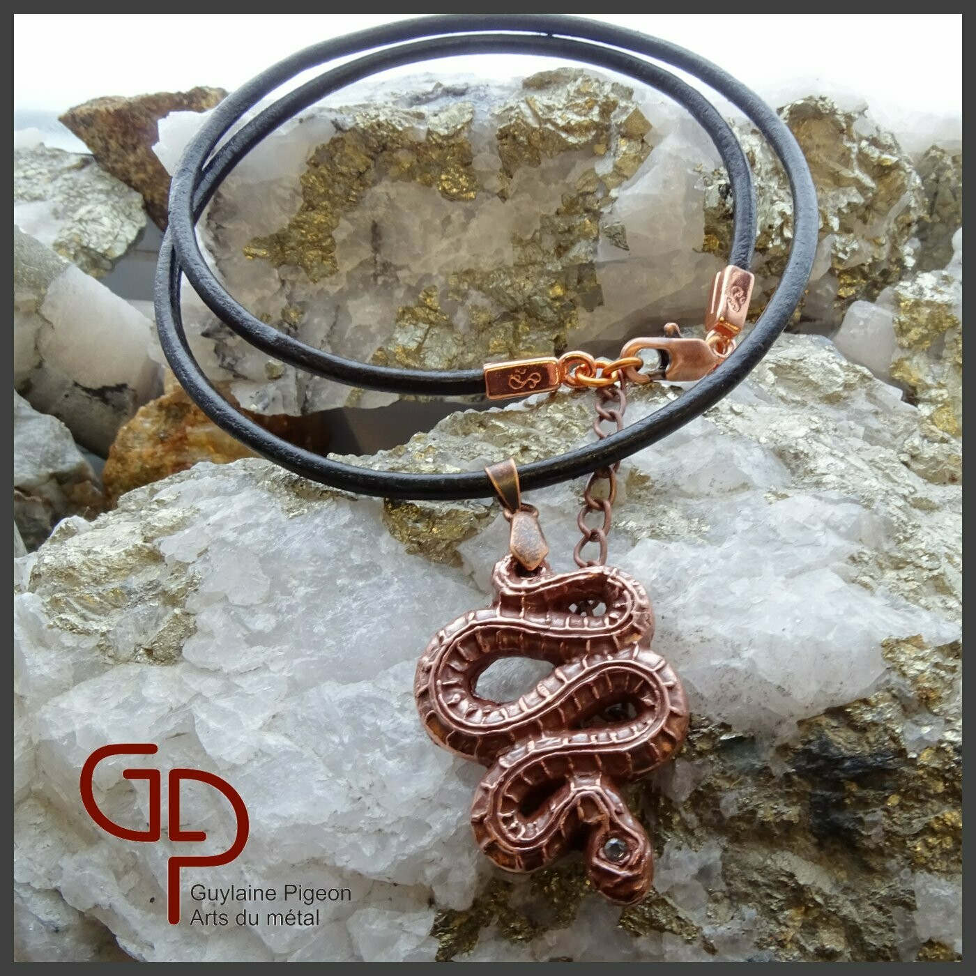 Collier serpent cuivre