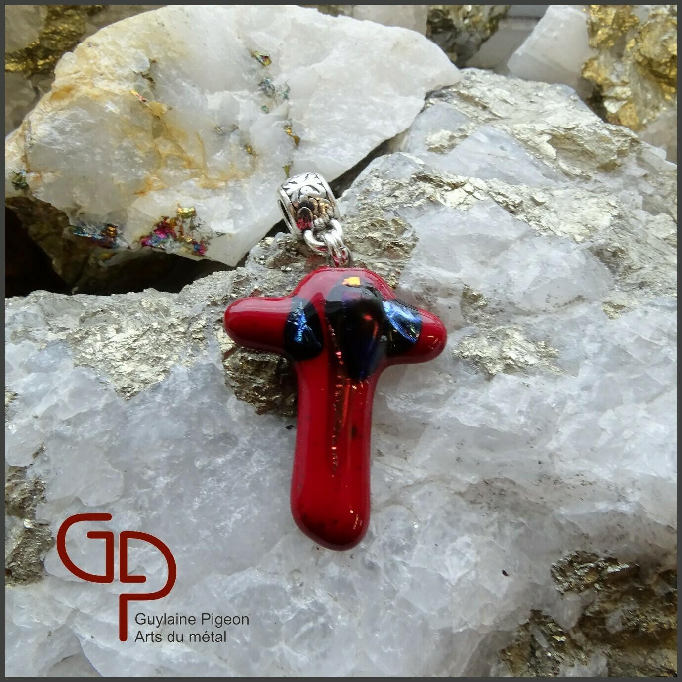 Pendentif croix verre fusion #61