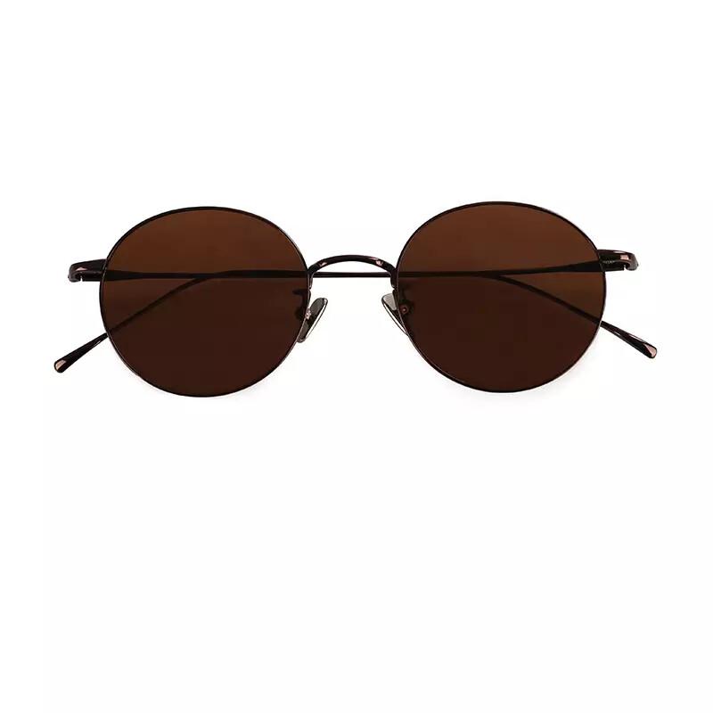 Ultra-light titanium sunglasses