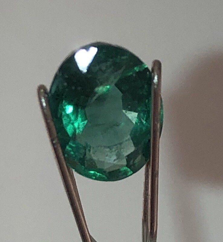 Emerald Certified By EGL-USA, 1.24 ct With Excellent Color And Clarity.
