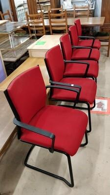Chaises avec accoudoirs