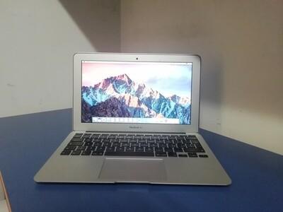 Apple MacBook Air (11