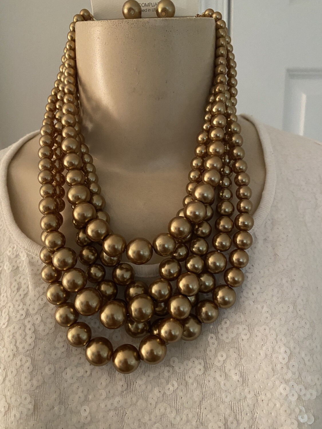 Five Row Pearl Strand Necklace Set - Gold