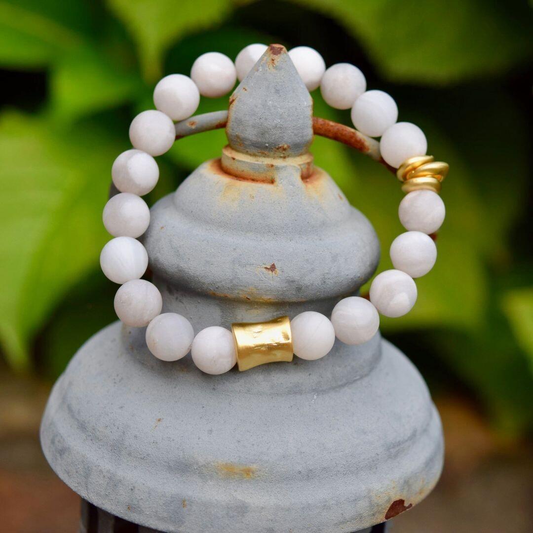 Matte White Agate & Hammered Gold Tube Bracelet